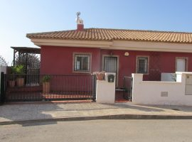 Townhouse with stunning views (El Carmoli)