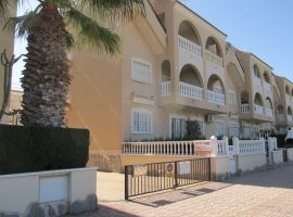 Ground floor corner apartment (El Divino) Los Alcazares